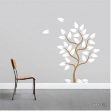 Lipdukas - Medis su krentančiais lapais