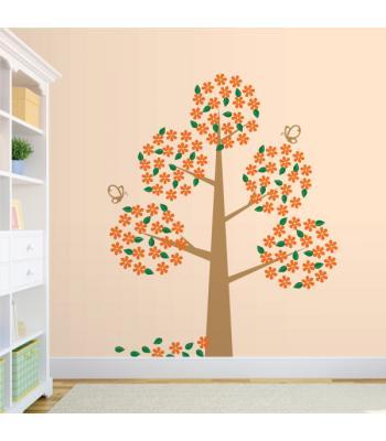 Daug žydintis medis